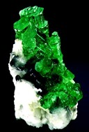 emerald crystal formation