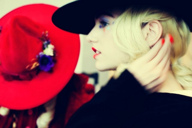 Meadham Kirchoff  backstage by Saga Sig