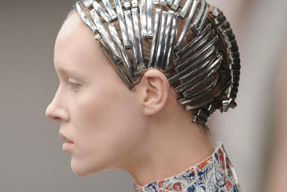 Silver hair clips at McQueen A/W11