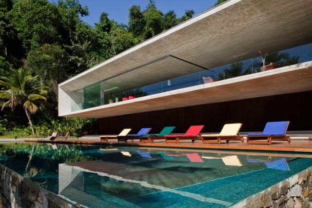 Paraty House by Marcio Kogan Architects