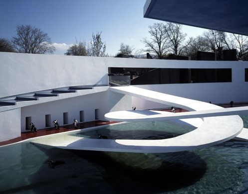 Penguin Pool London Zoo (1934) by Berthold Lubetkin