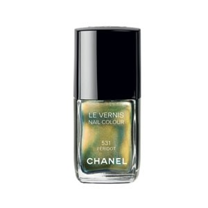 Chanel Peridot nail varnish