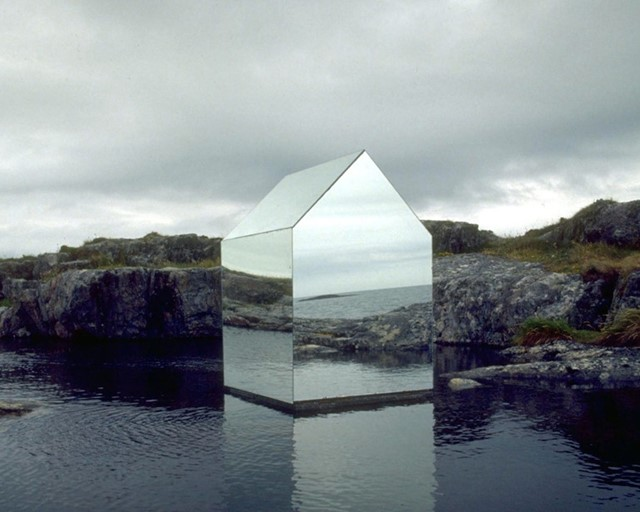 Mirror House by Ekkehard Altenburger (1996)