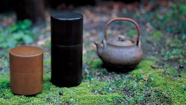 kaikado: 6th generation tea caddy maker