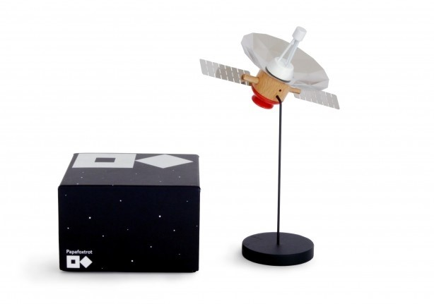Spekt-r spacecraft model