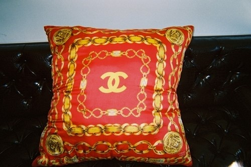 Chanel cushion