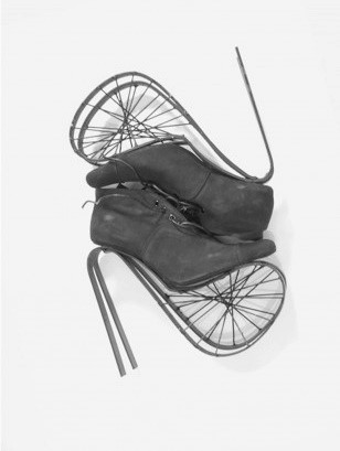 Sculptural shoes by Mark Goldenberg