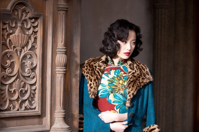 Yu Mo's outfit in The Flowers of War (2011)