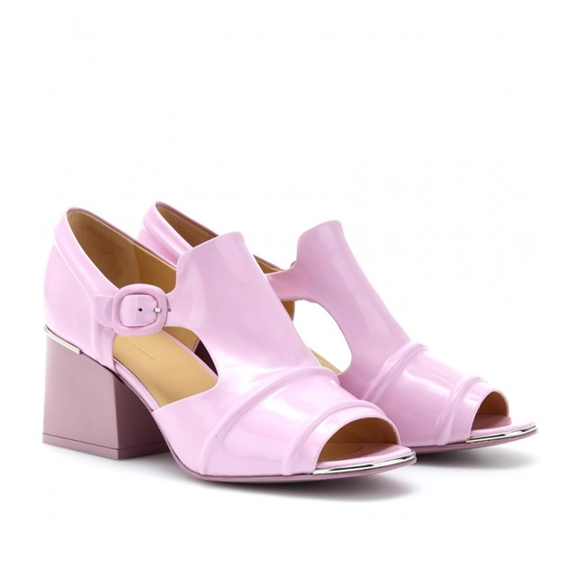 Bubblegum pink patent leather Balenciaga sandals