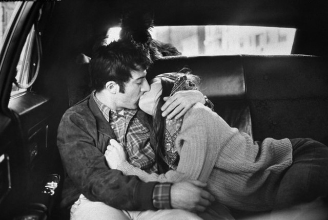 Dustin Hoffman and Anne Byrne in a taxi, 1969