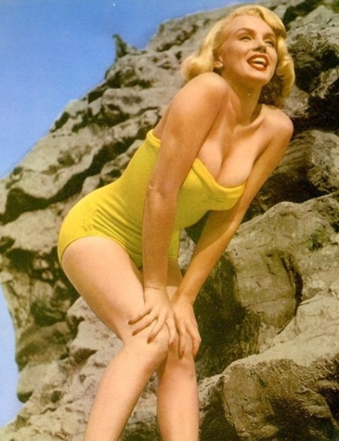 Yellow Marilyn