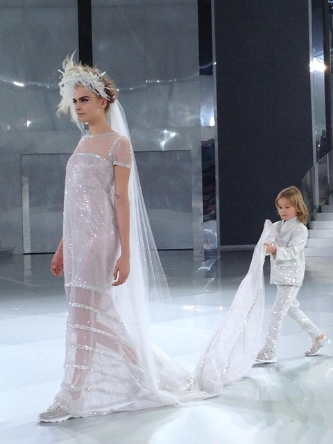 BRIDE [CARA], SNEAKERS + PAGE BOY @ CHANEL COUTURE SS2014