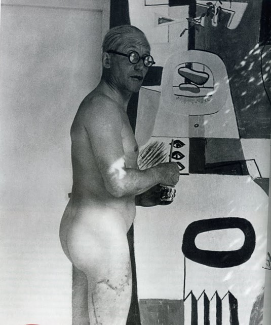 Le Corbusier in the act of vandalising Eileen Gray's E1027 Villa