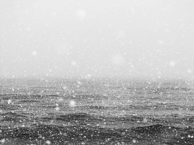 Snow on Sea, by Boomoon