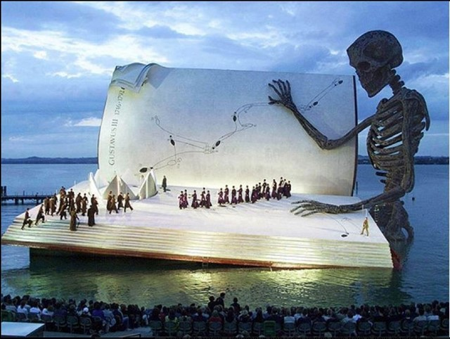 Floating stage at Bregenzer Festspiele, 1999