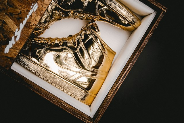 SOLID GOLD AIR JORDAN 1 BY MATTHEW SENNA