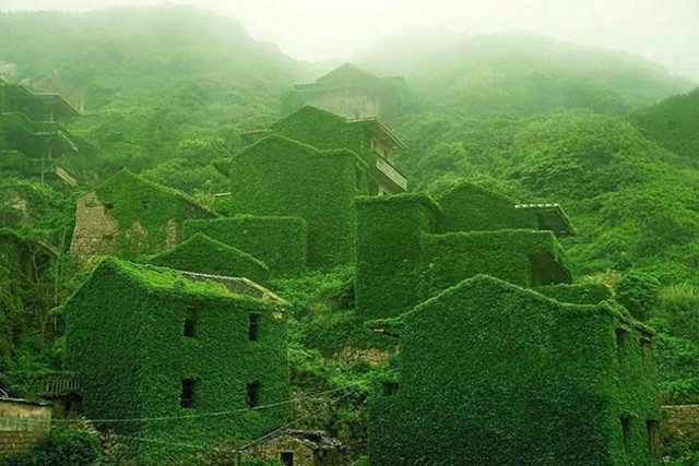 abandoned-village-zhoushan-china-100-810x540