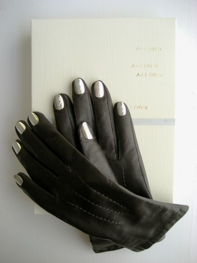 Nail Gloves Dark Brown/Silver