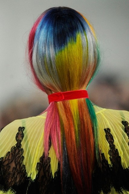 Meadham Kirchhoff S/S 2011  hair