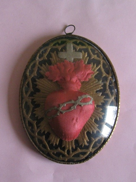 Antique Sacred Heart Pendant