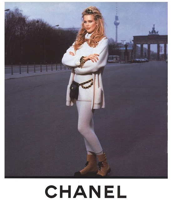 Claudia Shiffer advertising Chanel