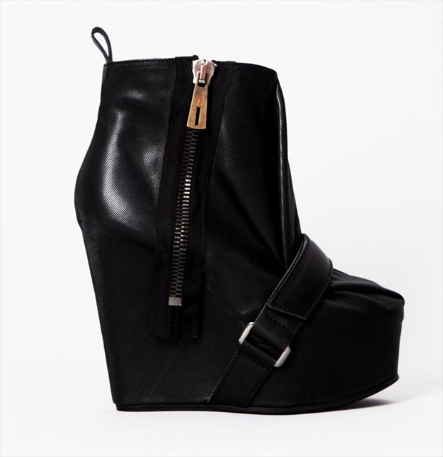 ACNE ADMIRE  LEATHER WEDGE BOOT